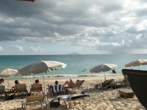 Karacters Beach Bar